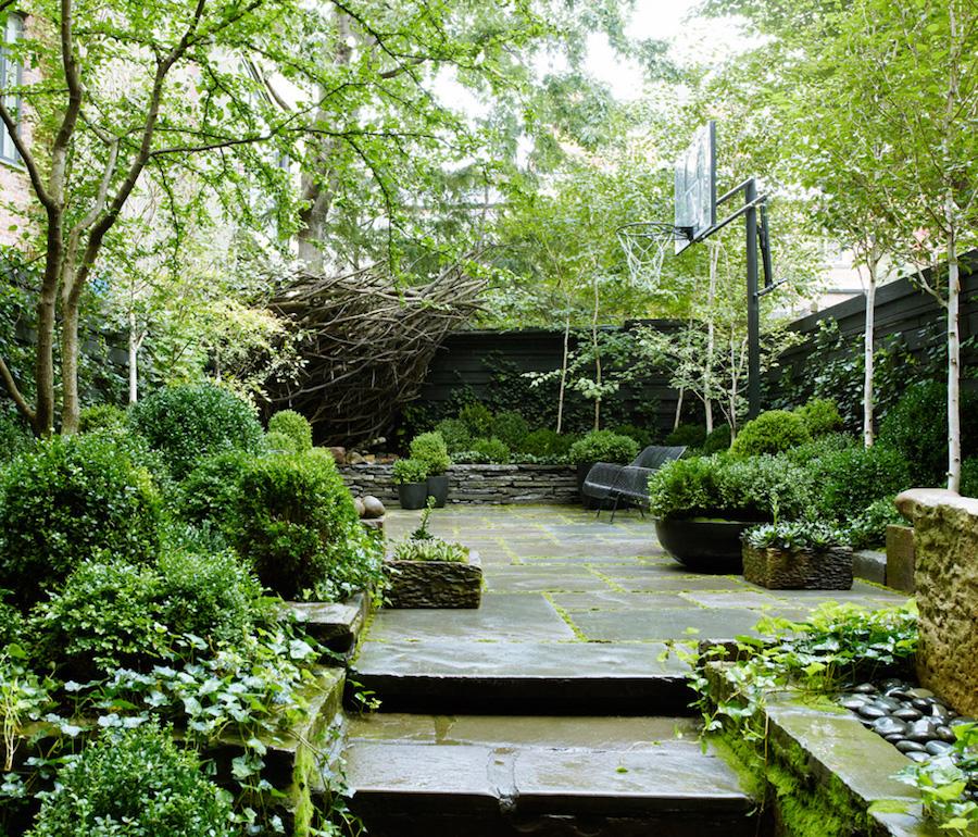 25 Small Urban Garden Design Ideas: Julianne Moore NYC Garden