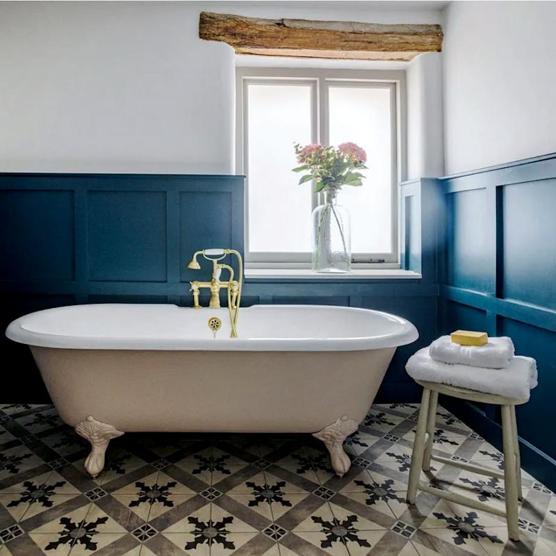 willows-rest-UK - bathroom encaustic cement floor - bathroom trends